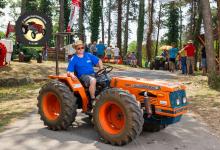 Traktor101DSC_1962-copy