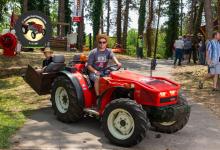 Traktor108DSC_2001-copy