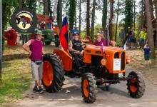 Traktor112DSC_2015-copy