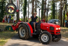 Traktor22DSC_1755-copy