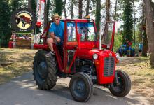 Traktor54DSC_1839-copy