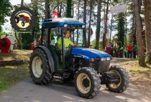 Traktor67DSC_1867-copy