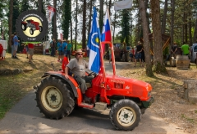 Traktor80DSC_1896-copy