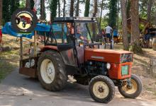Traktor82DSC_1906-copy