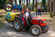 Traktor83DSC_1911-copy