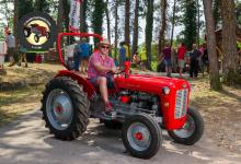 Traktor93DSC_1941-copy