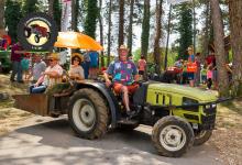 Traktor102DSC_1964-copy