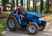 Traktor55DSC_1840-copy