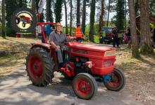 Traktor94DSC_1944-copy